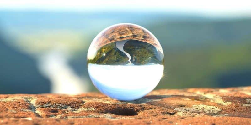Sloww Five Balls of Life Speech by Brian Dyson